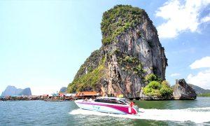 james-bond-speed-boat-3